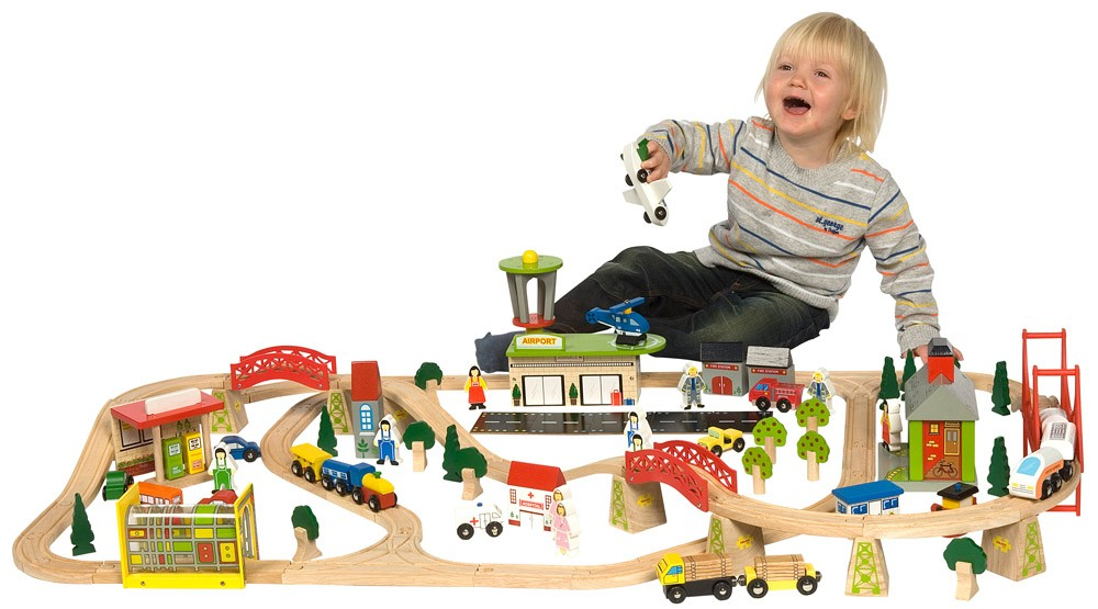 BJT018___Transportation_Train_Set_with_Ben_1_.jpg